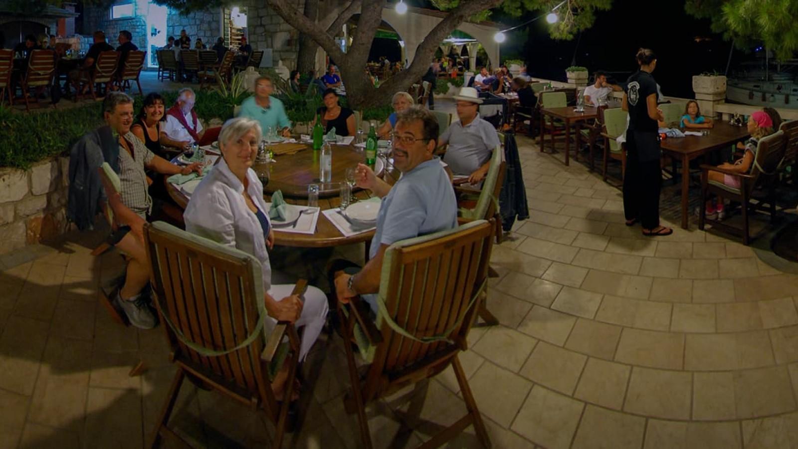 Restaurant Porto Rosso bei Nacht